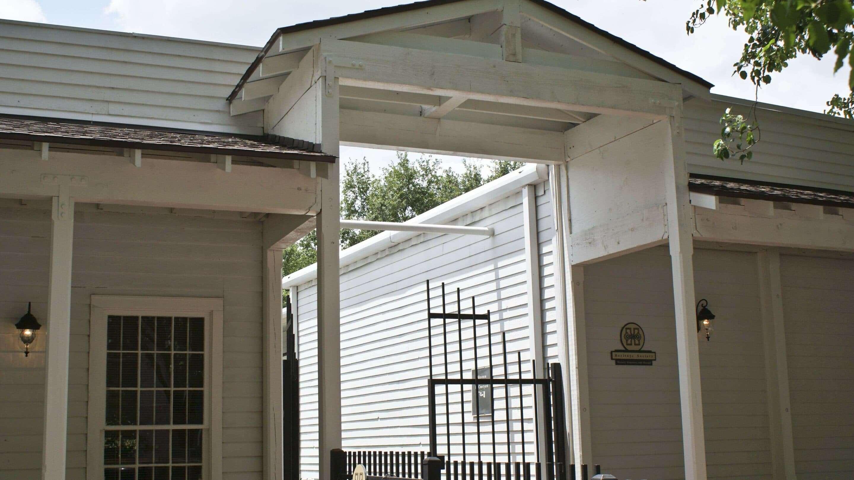 Heritage Society Canopy Restoration