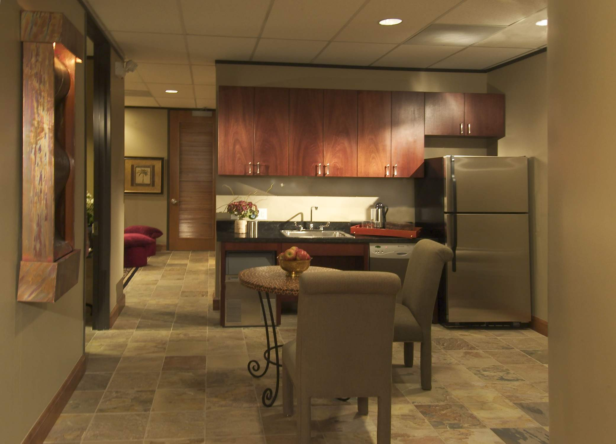 AMB Architects-Town and Country Medical Spa-Breakroom-2006-11