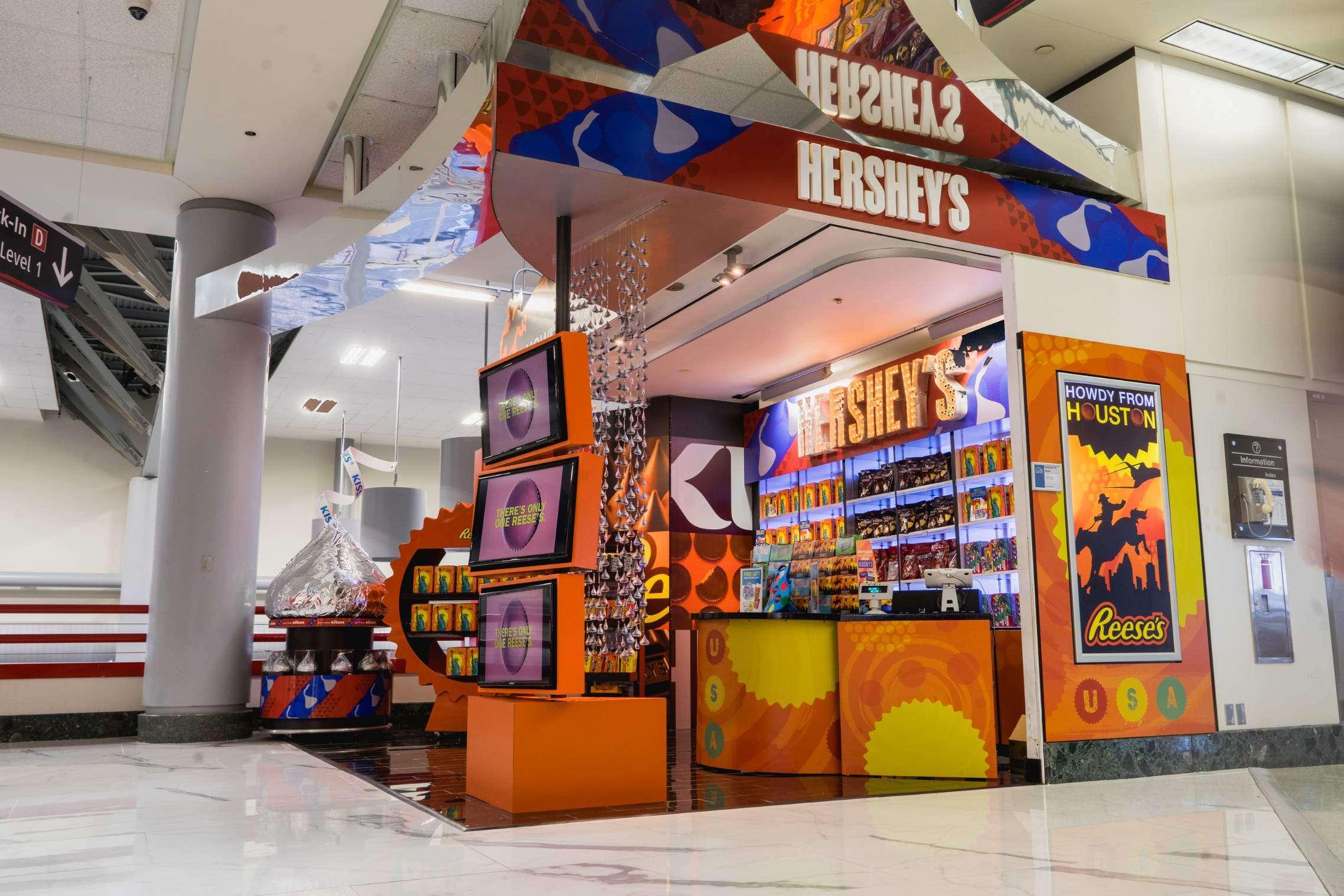 IAH - ATU Hershey's Kiosk - Terminal D